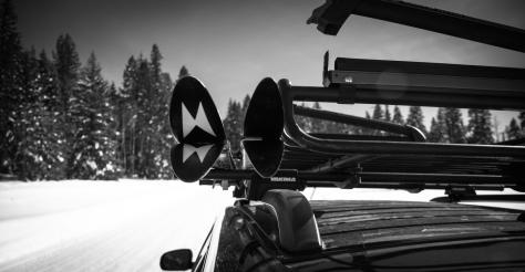 Loading Skis